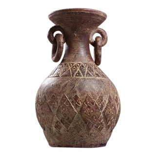 Mid 20th Century Latin American Clay Vase With Rings Handles For Sale