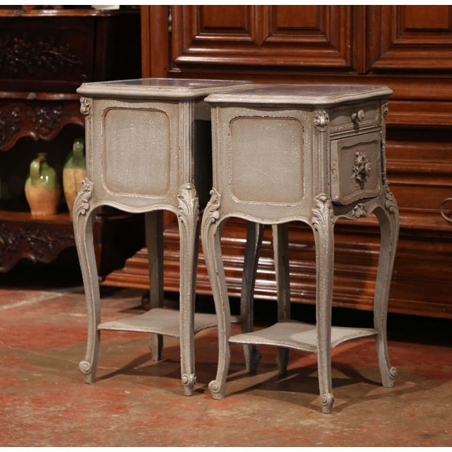 White Pair of 19th Century French Louis XV Carved Painted Nightstands With Marble Top For Sale - Image 8 of 10