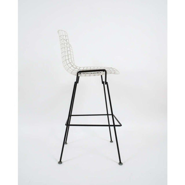 1950s Vintage Harry Bertoia Bar Stools Black and White For Sale - Image 5 of 9