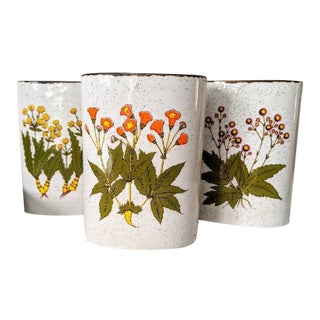 Vintage Floral Wall Pockets - Set of 3 For Sale