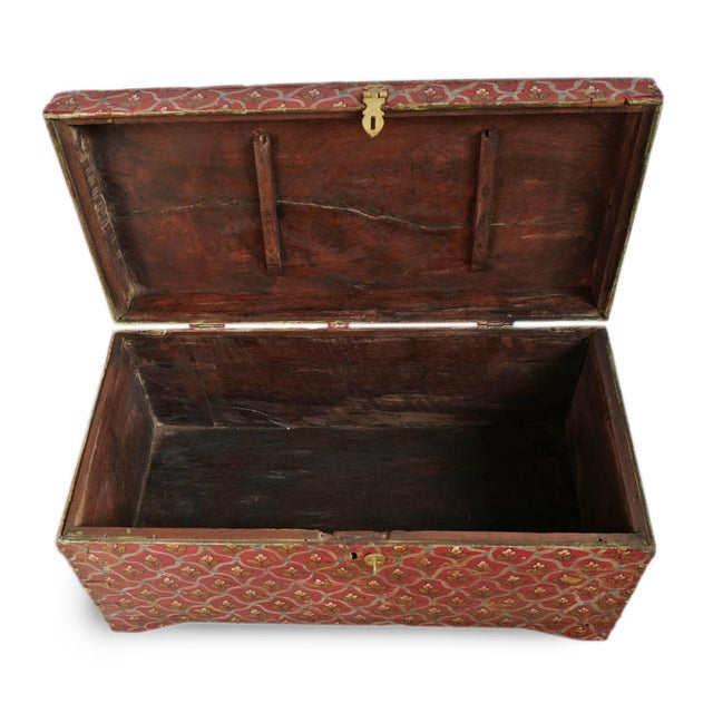 Mid 20th Century Painted Flower Wood Box For Sale - Image 5 of 8