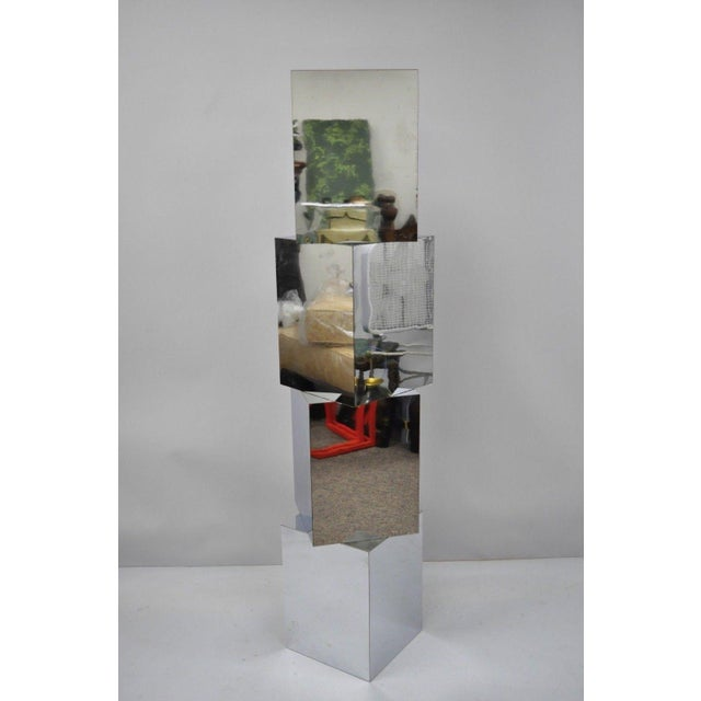 Metal 1970s Mid-Century Modern Mirrored Metal Laminate Cube Pedestal Side Table For Sale - Image 7 of 11