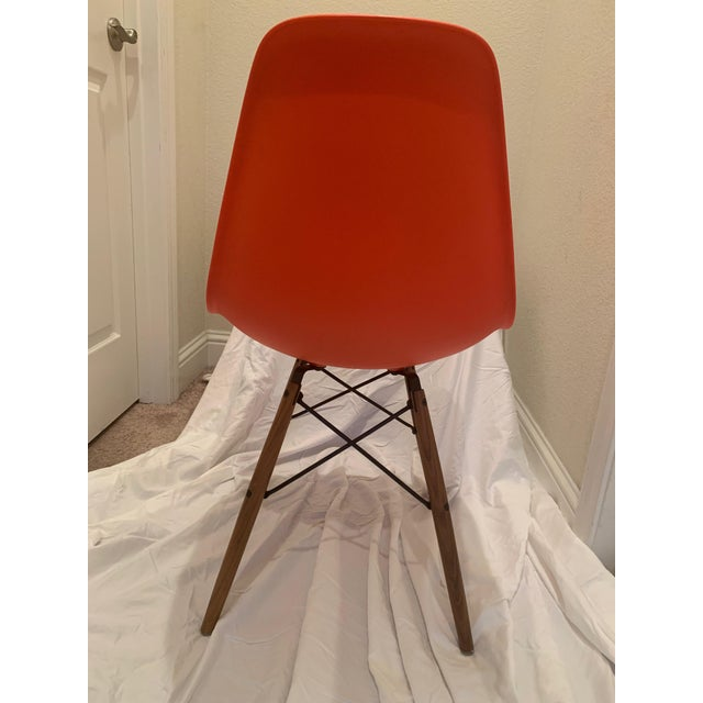 Mid-Century Modern Eames Molded Plastic Dowel-Leg Side Chairs - a Pair For Sale - Image 3 of 6