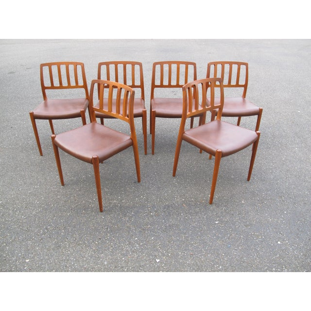 This set of Moller's came from the original owners who took very good care of there things. The seats are original brown...