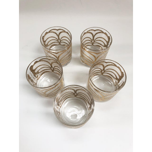 Georges Briard Mid-Century Hollywood Regency Gilt Rocks Glassware - Set of 5 For Sale - Image 4 of 8