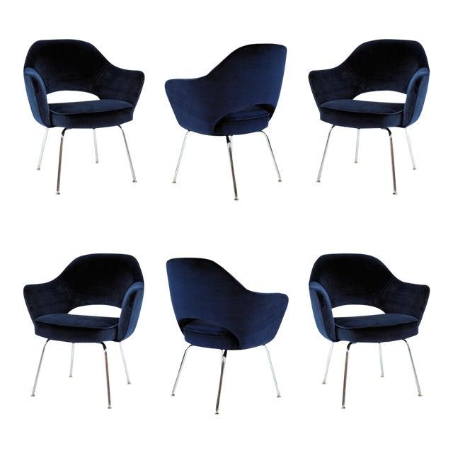 Saarinen For Knoll Executive Arm Chairs In Navy Velvet