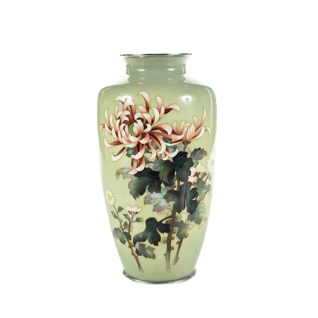 """Offered is this stunning vintage Japanese Cloisonné Ando vase. This piece is signed. Circa 1920s. Measures 10"""" tall and 5""""..."""