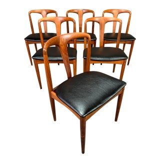 "Mid Century Modern Danish Johannes Andersen Rosewood ""Juliane"" Chairs- Set of 6 For Sale"