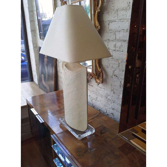 1980s Large Plaster and Lucite Lamp by Casual Lamps of California For Sale - Image 5 of 11