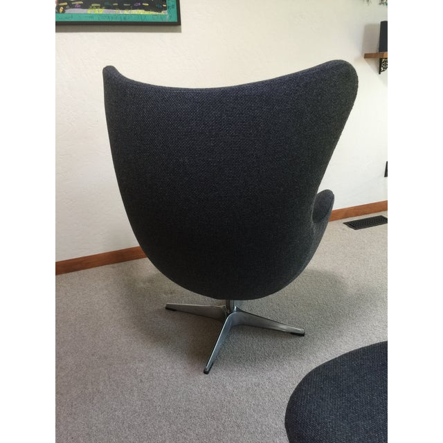 Mid Century Modern Egg Chair - Designed by Arne Jacobsen in 1958 For Sale - Image 9 of 13