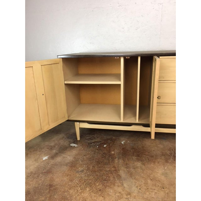 Oak Two-Toned Mid Century Modern Credenza For Sale - Image 7 of 11