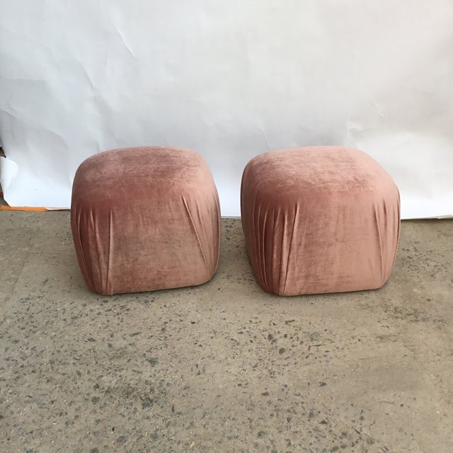 Rose Pair of Vintage Ottomans Poufs in Style of Karl Springer in Rose Quartz Silk Velvet For Sale - Image 8 of 8