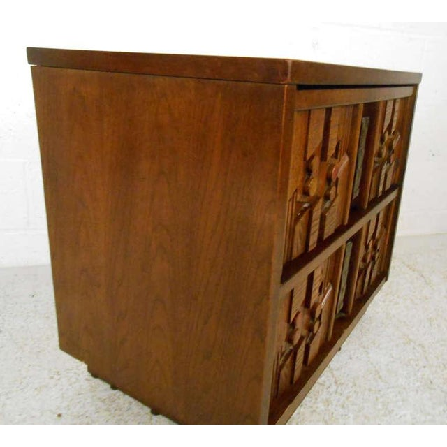 1970s Stylish Mid-Century Sculpted Front Nightstand For Sale - Image 5 of 8