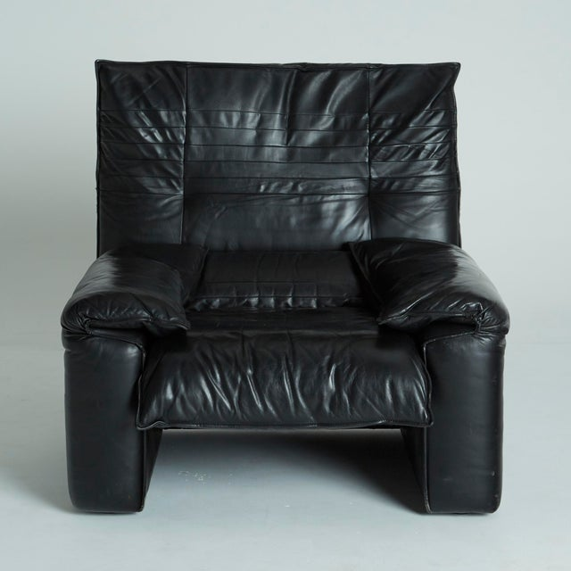 Black Leather Italian Club Chairs - Pair - Image 5 of 11