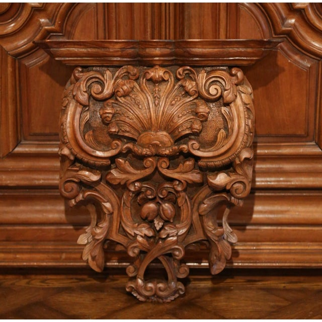 Mid 19th Century Mid-19th Century French Louis XIV Carved Walnut Wall Bracket With Shell Motif For Sale - Image 5 of 13