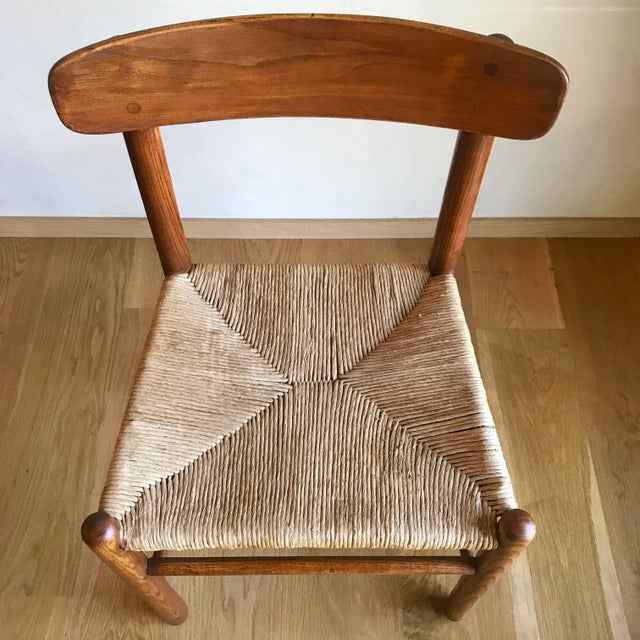 Brown Mid Century Modern Early Edition Danish Børge Mogensen for Fredericia J39 Rush Rattan Chairs - Set of 4 For Sale - Image 8 of 12