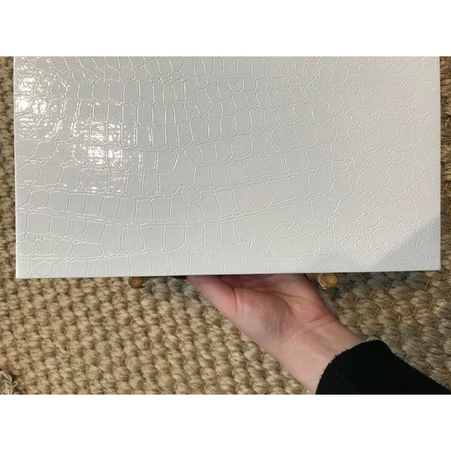 2020s Small White Faux Leather Crocodile Texture Tray With Bamboo Handles For Sale - Image 5 of 6