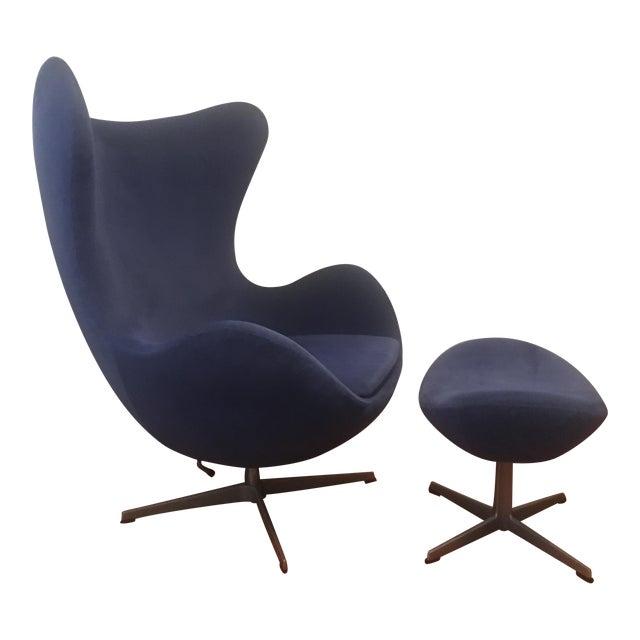 Arne Jacobsen for Fritz Hansen Egg Lounge Chair & Ottoman Mid Century Modern For Sale