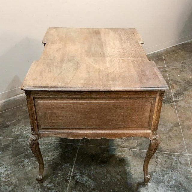 Antique Country French Louis XV Stripped Oak Desk For Sale In Dallas - Image 6 of 12