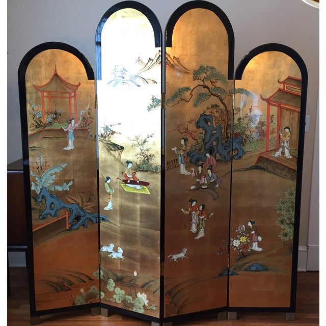 Beautiful, elegant vintage 4 Section Chinese Dressing Screen in a Black Lacquered and Gold Flake Finish. 2 sided screen...