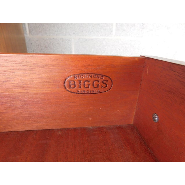 "Biggs Federal Hepplewhite Style 1Pc Mahogany Banded Cabinet 90""h X 40""w For Sale In Philadelphia - Image 6 of 13"
