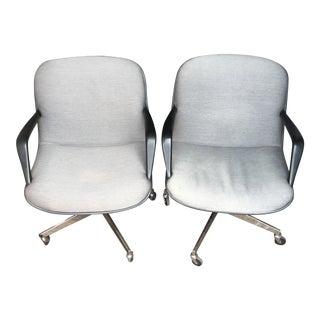 "Steelcase Model 451 ""Pollock"" Chairs - a Pair For Sale"