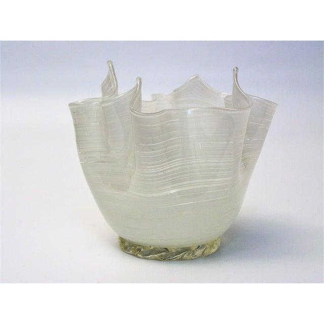 Aureliano Toso Vintage Aureliano Toso Murano Venetian Handkerchief Glass Vase-1950s Italian Italy Mid Century Modern MCM Millennial For Sale - Image 4 of 11