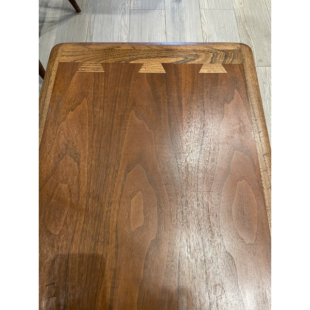 Lane Furniture MCM Lane Acclaim Coffee Table With Ash Dovetail Detail For Sale - Image 4 of 8