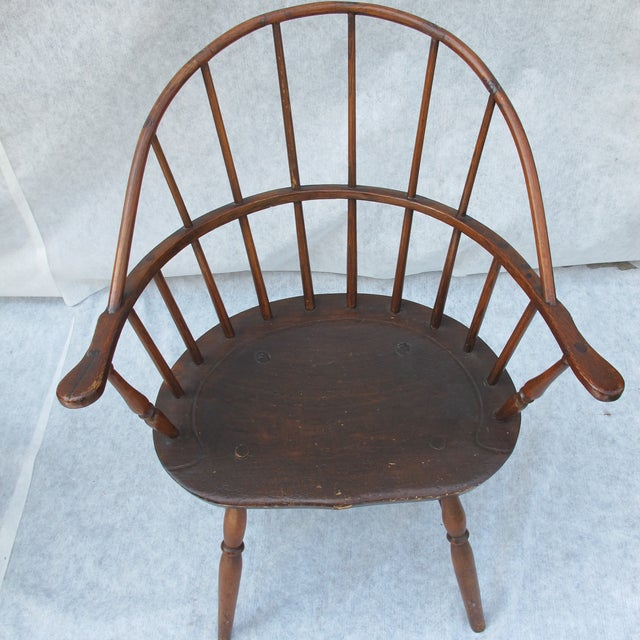 New England Bow-Back Windsor Arm Chair - Image 2 of 8