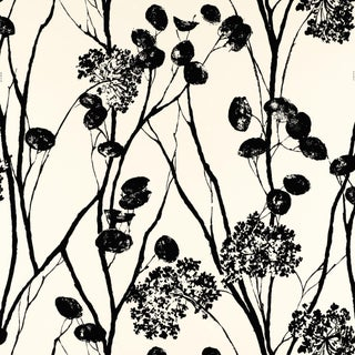 Sample - Schumacher Moonpennies Wallpaper in Black & Ivory For Sale