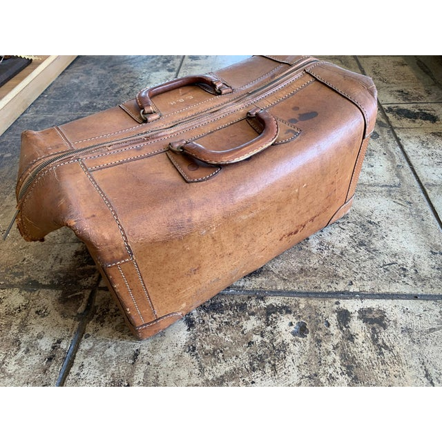 Vintage Leather Luggage Bag For Sale - Image 4 of 11