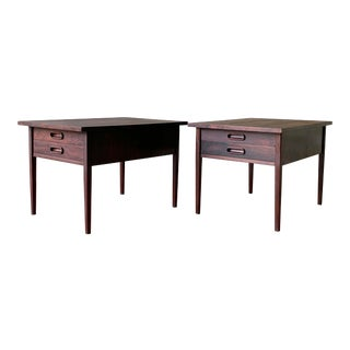 Jack Cartwright for Founders Mid Century Modern Rosewood Nightstands / End Tables - a Pair For Sale