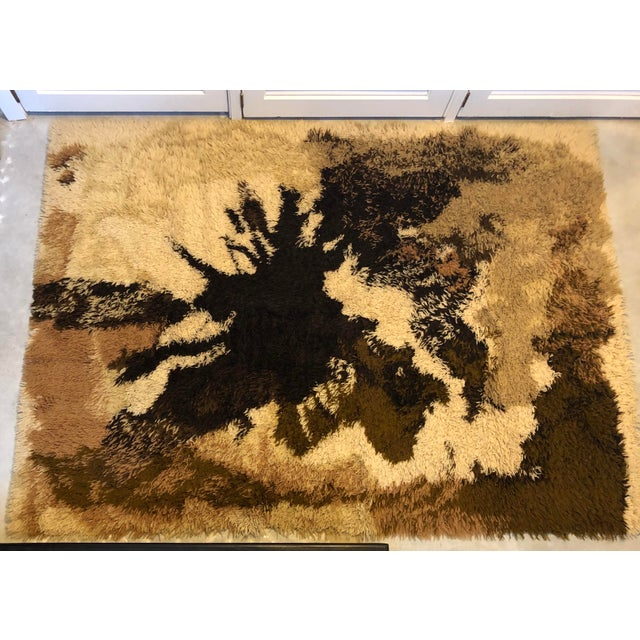 Mid Century Scandanavian Rya Rug- 4′6″ × 6′6″ For Sale - Image 9 of 9