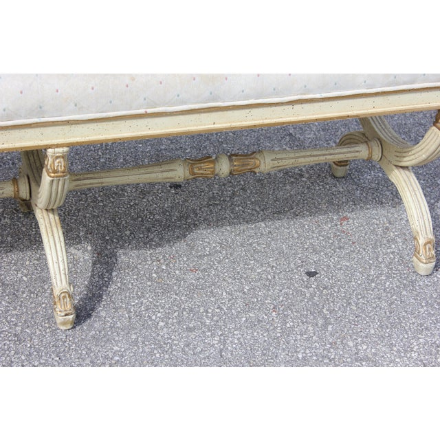 1900 - 1909 1900s Vintage Long French Louis XVI Barrel Legs Seating Bench For Sale - Image 5 of 13