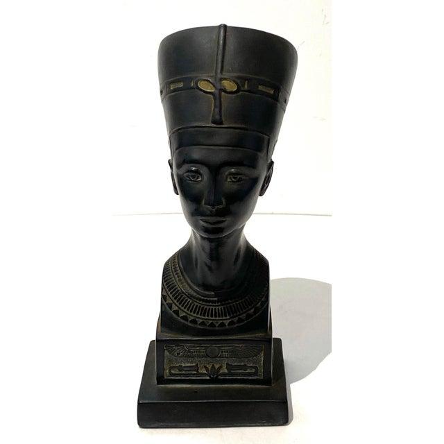 Vintage Queen Nefertiti Figure For Sale - Image 4 of 9