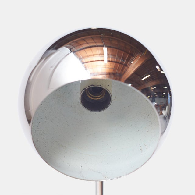 1950s Chrome Table Lamp by Reggiani, Italy For Sale - Image 5 of 6