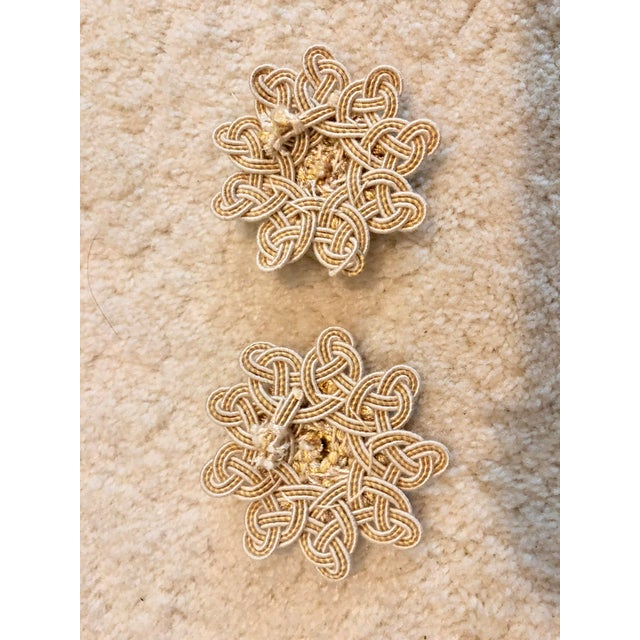 Traditional Samuel & Sons Rosettes - a Pair For Sale - Image 3 of 4