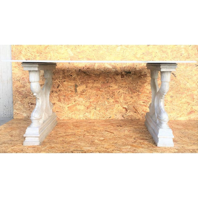 19th Italian Center or Dining Table in Carrara Marble For Sale In Miami - Image 6 of 13