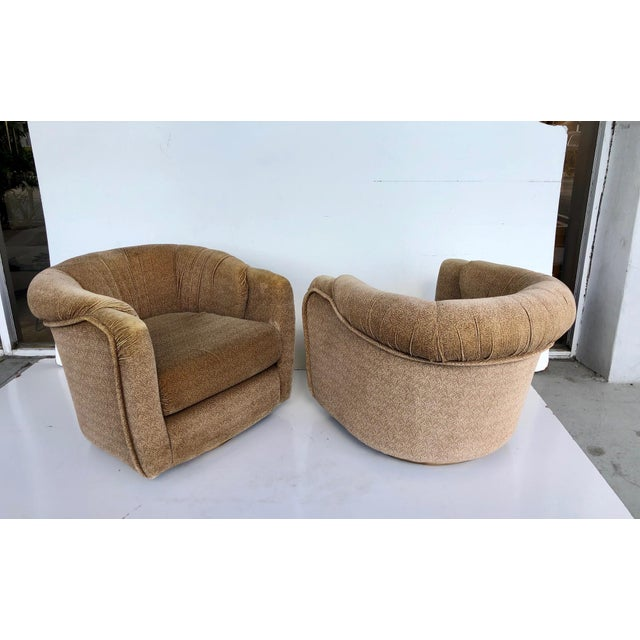 Vintage 1970s Milo Baughman Swivel Chairs - a Pair For Sale In Miami - Image 6 of 9