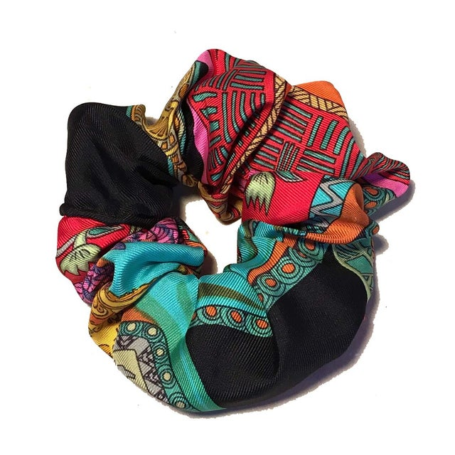 Hermes Handmade Vintage Silk Scarf Scrunchie in Black, Teal, and Red Illustrated Print For Sale - Image 13 of 13