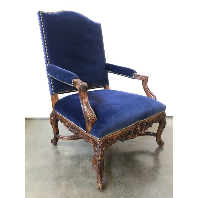 French Provincial Ralph Lauren Home Carved Provence Chair in Velvet For Sale - Image 3 of 11