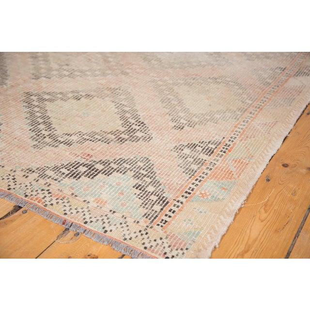"""Vintage Jijim Carpet - 5'6"""" X 8'8"""" - Image 2 of 6"""