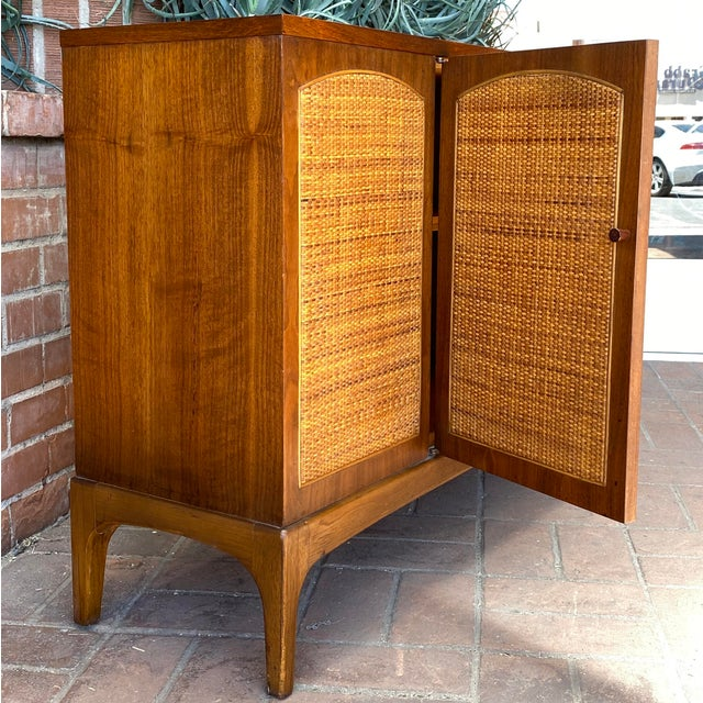 """Mid-Century Modern Lane """"Rhythm"""" Walnut and Cane Cabinet For Sale In Phoenix - Image 6 of 10"""