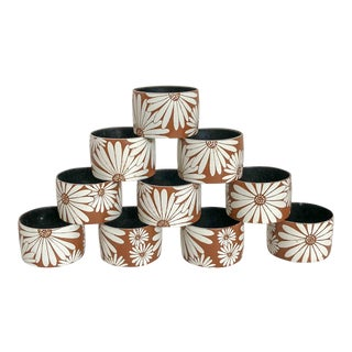 1970s Napkin Rings With Daisy Flowers - Set of 10 For Sale