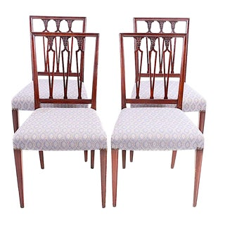 Hepplewhite Neoclassical Dining Chairs - 19th Century - Set of 4 For Sale