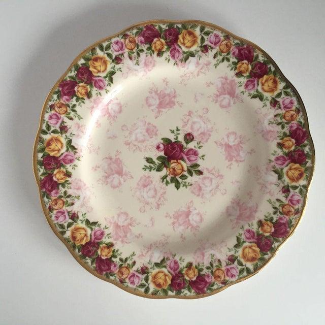 Royal Albert Rose Pattern English Bone China Plate - Image 5 of 5