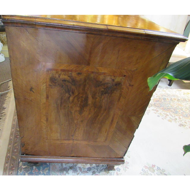 18th Century Italian Chest of Drawers For Sale - Image 12 of 13
