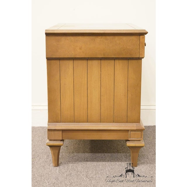 Late 20th Century Vintage American of Martinsville Nightstand For Sale - Image 11 of 12