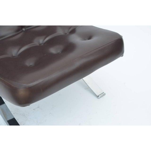 Modern Pair of Chromed Italian 1970s Slipper Chairs For Sale - Image 3 of 7
