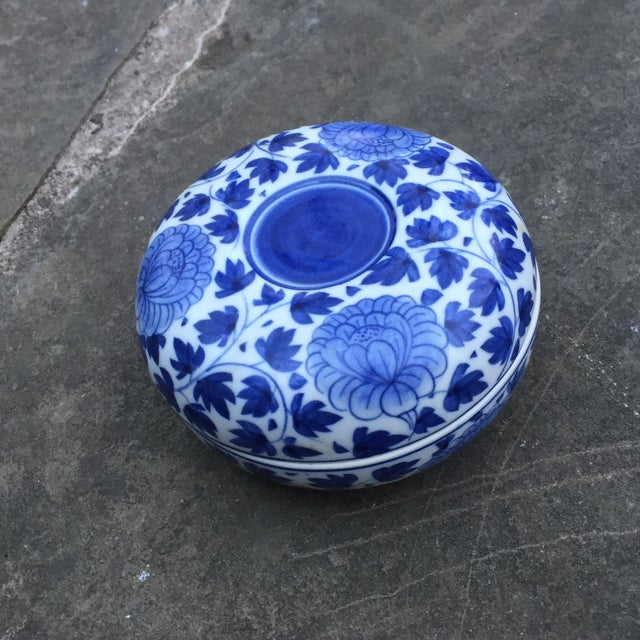 Blue Vintage Chinese Blue White Floral Trinket Box For Sale - Image 8 of 8